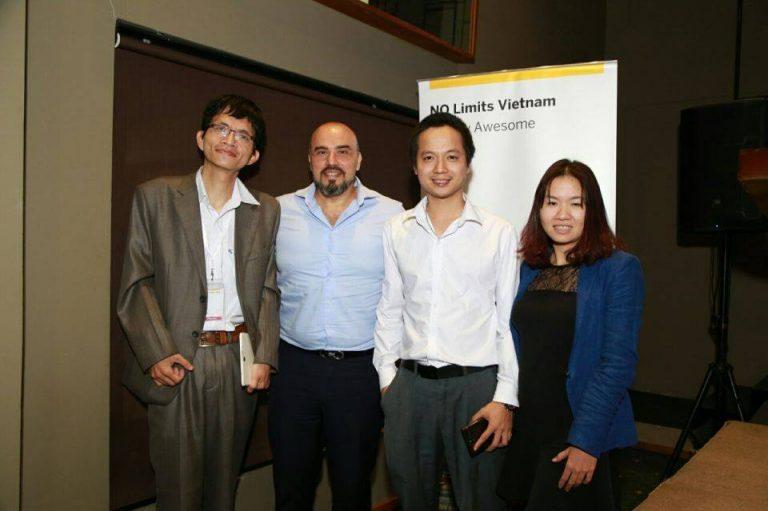 Đại diện NextCRM và đại diện SAP